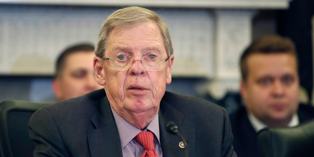 Sen. Johnny Isakson, R-Ga., speaks during a hearing of the Senate Committee on Veterans' Affairs, on Capitol Hill in 2018. (AP Photo/Alex Brandon)