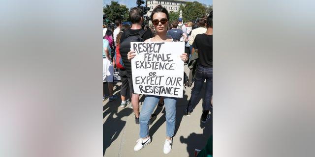 Ratajkowski at a protest against Brett Kavanaugh's for the Supreme Court on Oct. 4, 2018 in Washington, DC.