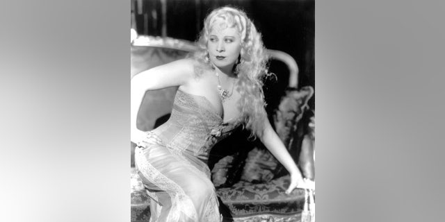 "American actress Mae West on the set of ""She Done Him Wrong,"" directed by Lowell Sherman. (Photo by Paramount Pictures/Sunset Boulevard/Corbis via Getty Images)"