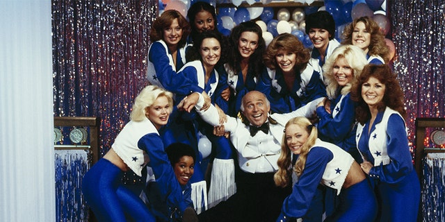 Gavin McLeod with the Dallas Cowboys cheerleaders, 1979. — Photo by Walt Disney Television via Getty Images