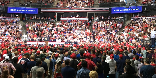 The crowd at the Southern New Hampshire University Arena on Thursday. (Fox News' Paul Steinhauser)