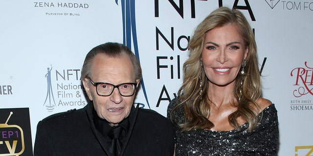 Larry King and his estranged wife, Shawn King, attend the National Film and Television Awards Ceremony at Globe Theatre on December 05, 2018 in Los Angeles. (Photo by Phillip Faraone/Getty Images)