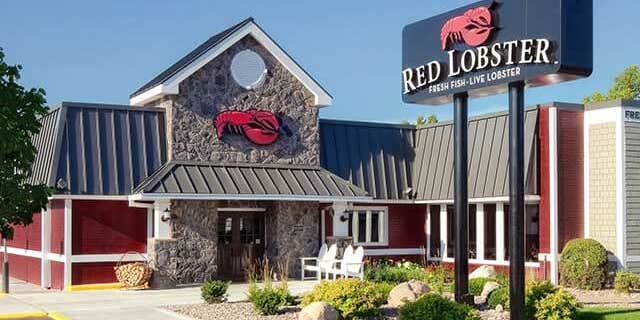 """Red Lobster's CEO claims the chain has looked into plant-based seafood, and the current options are """"terrible."""""""