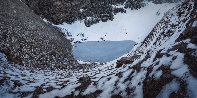 Roopkund Lake and its surrounding mountains. (Atish Waghwase)