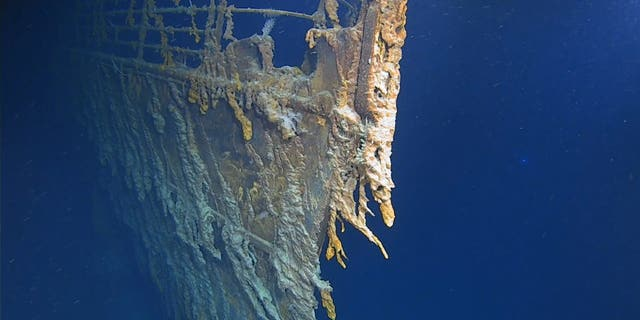 New images show the deterioration of the Titanic wreck.