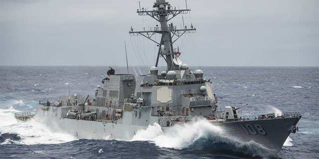 The Arleigh Burke-class guided-missile cruiser USS Wayne E. Meyer (DDG 108) transiting the Pacific Ocean. (U.S. Navy/Mass Communication Specialist 2nd Class Z.A. Landers, File)