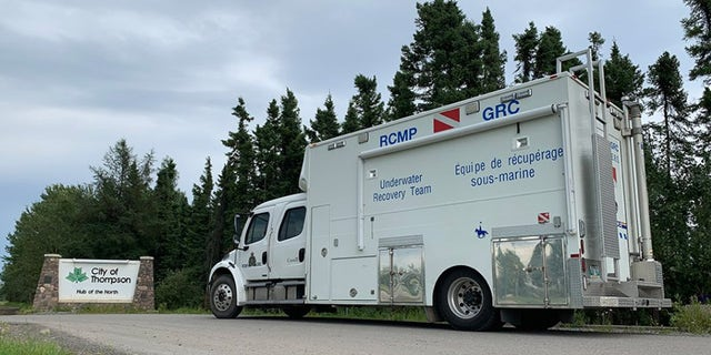 Manitoba RCMP's Underwater Recovery Team arrived Gillam, Manitoba Saturday night and divers will begin to search a section of the Nelson River on Sunday, according to authorities.