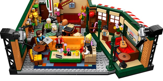 Westlake Legal Group b88c9021-HighRes_front_2 Lego debuts 'Friends' Central Perk set as show marks 25 years: 'Could we be any more excited?' fox-news/tech/topics/toys fox-news/entertainment/tv fox news fnc/entertainment fnc f0da6606-8f54-54e6-8c31-3f627d8bfba9 Brie Stimson article