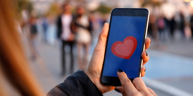 Westlake Legal Group dating-app-phone-istock Man swears off Tinder after friends mock him for using same pickup line The Sun Lucy Devine fox-news/lifestyle/relationships fox-news/lifestyle fnc/lifestyle fnc faa90558-7faa-5ff7-977a-c87461bfc37d article