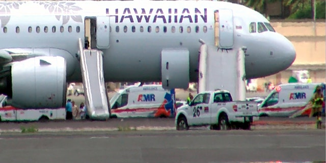 Smoke forces Hawaii Airlines plane to make emergency landing