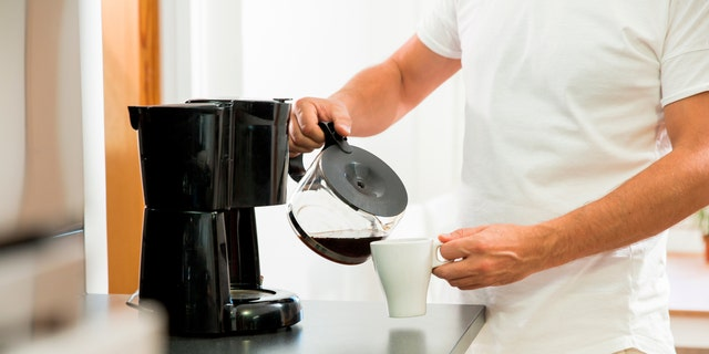 A revolting photo of an apparently mold-covered coffee machine recently posted on Reddit has caffeine addicts trying to recount the last time they stayed in a hotel.
