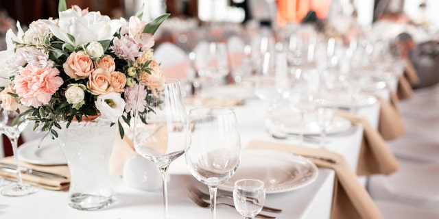 Westlake Legal Group iStock-914254158 Bride allegedly kicks guests out of wedding after accidentally inviting them fox-news/lifestyle/weddings fox-news/lifestyle/relationships fox news fnc/lifestyle fnc article Alexandra Deabler 1a45b7e8-d33f-5ab1-8d72-704072baef31