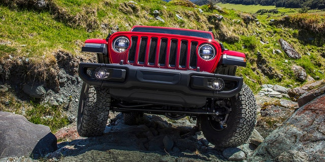 Westlake Legal Group jeepd2 Cause of Jeep Wrangler 'death wobble' found, automaker says, promising free fix Gary Gastelu fox-news/auto/make/jeep fox-news/auto/attributes/safety fox news fnc/auto fnc article 0fc59788-bb3d-545d-a307-651f9c102d0c