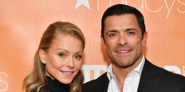 NEW YORK, NEW YORK - JUNE 17: Kelly Ripa (L) and Mark Consuelos attend the 2019 TrevorLIVE New York Gala at Cipriani Wall Street on June 17, 2019 in New York City. (Photo by Dia Dipasupil/Getty Images)