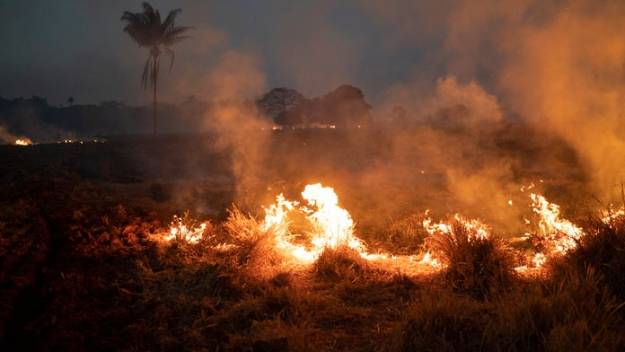 Brazil dispatches troops, military aircraft to battle Amazon forest fires