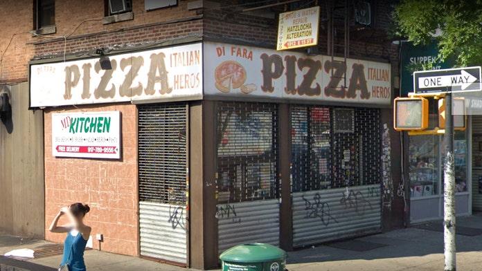 Cuomo, de Blasio go to war over famed pizzeria's tax problems