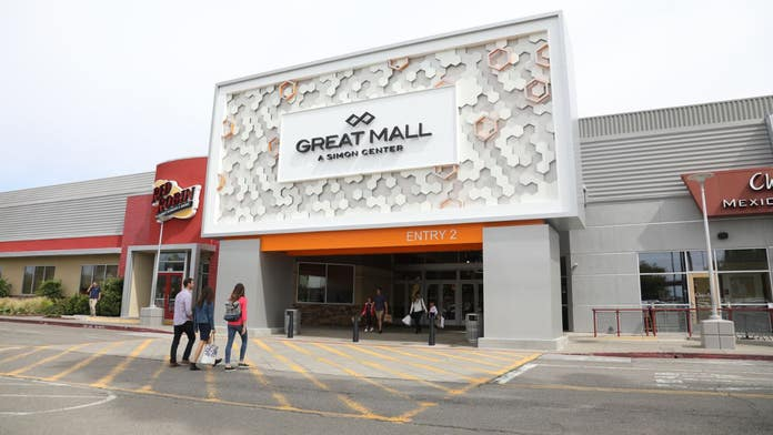 Police activity reported at Great Mall in Northern California, customers warned to stay away