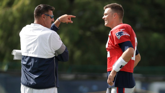 Tom Brady, former teammate-turned-coach exchange barbs during joint practice