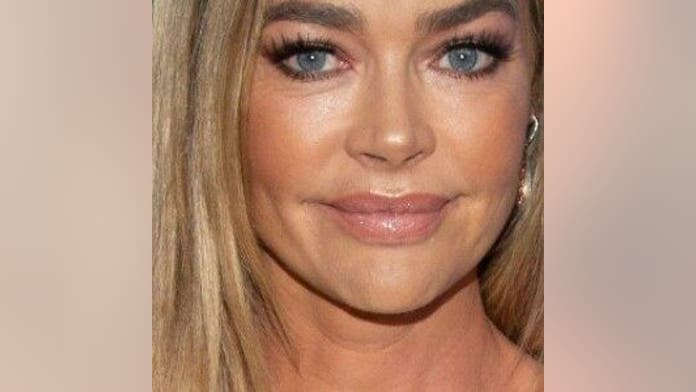 Denise Richards describes her dad's reaction when he found out he was seated next to prostitute at Thanksgi...