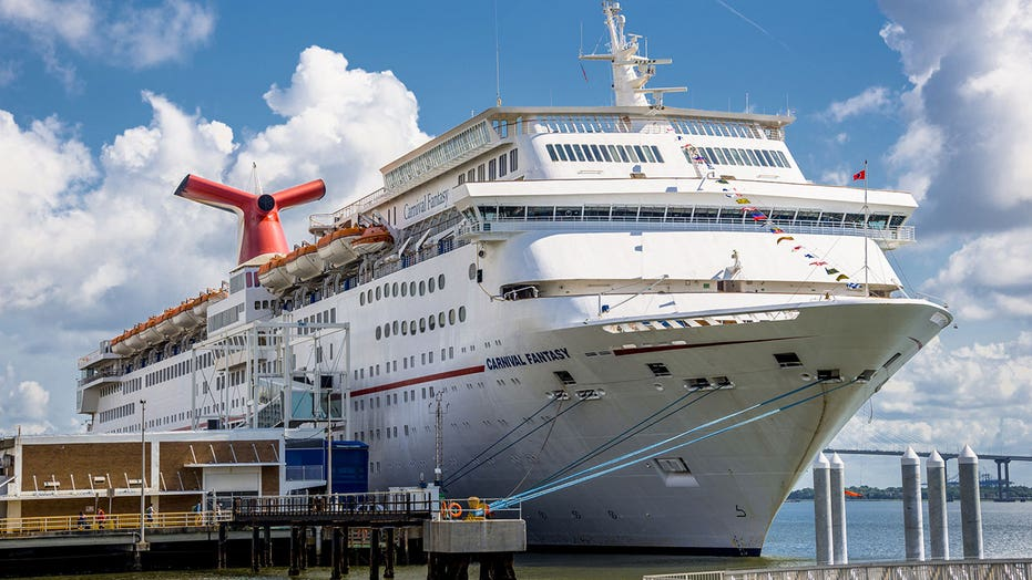5 things you didn't know about traveling on cruise ships