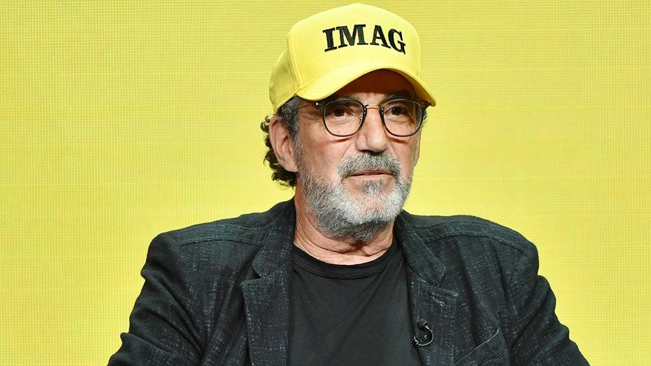 'Big Bang Theory' creator Chuck Lorre mocks Sarah Sanders' looks, faith in show credits