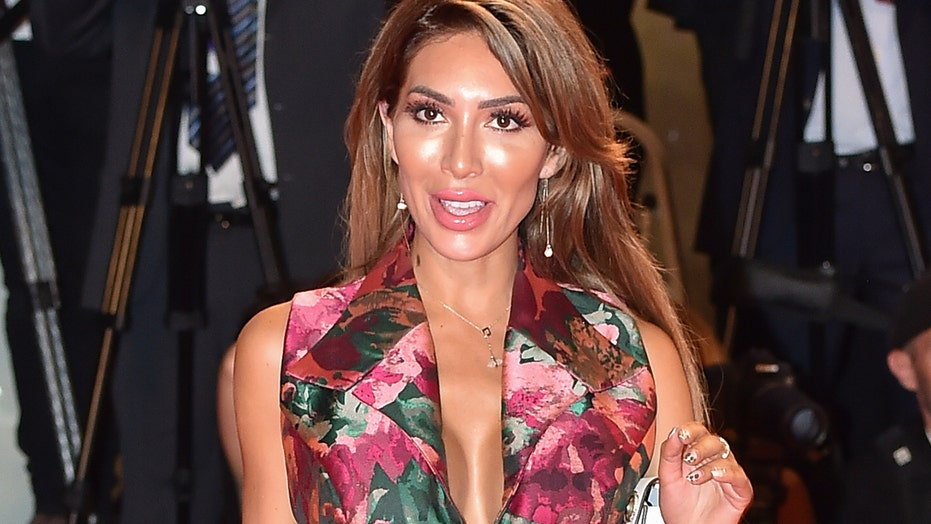 Farrah Abraham posts video of 9-year-old daughter dancing in bra and underwear
