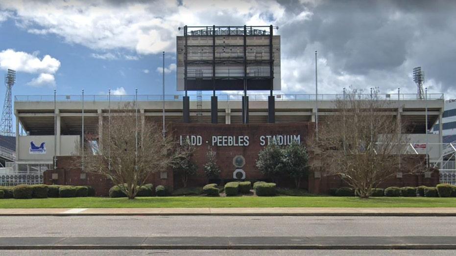 Gunfire at Alabama high school football game leaves at least