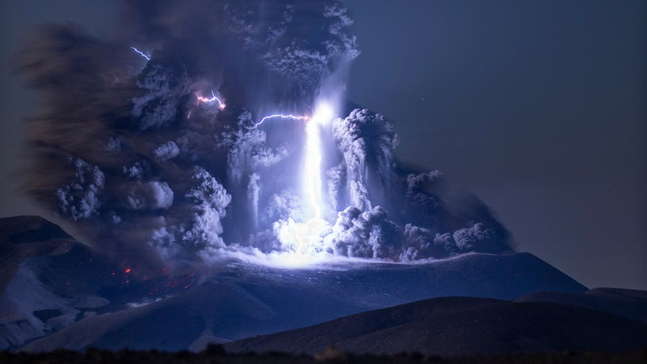 Rare volcanic lightning seen as Krakatau Volcano erupts
