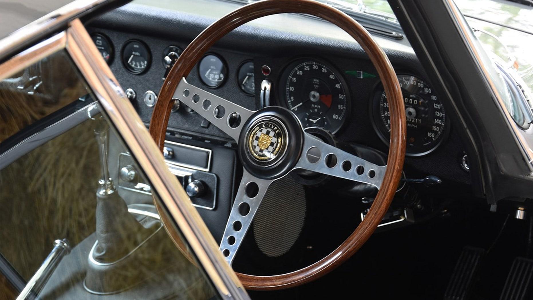 1964 Jaguar E-Type interior
