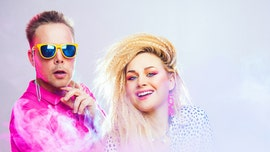 Couple's rad, '80s-inspired engagement photo shoot goes viral: 'Best pictures I've ever seen'
