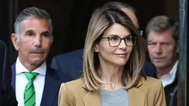 Lori Loughlin likely taking Felicity Huffman route, copping plea in college admissions scandal: report