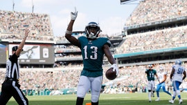 Philadelphia man who helped rescue residents from burning building takes jab at Eagles receiver Nelson Agholor