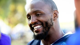 Dallas Cowboys' Robert Quinn accuses media of twisting anthem protests message