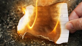 Woman tries to burn letters from her ex, ignites apartment instead: report