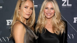 Christie Brinkley out of 'Dancing with the Stars' after suffering serious injury, daughter Sailor to fill in