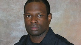 Tuscaloosa police officer Dornell Cousette, one of the state's 'heroes,' killed pursuing felon, officials say