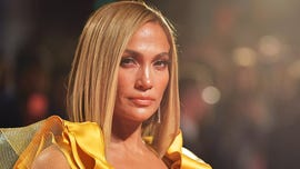 Jennifer Lopez shows off sweaty abs in new Instagram post
