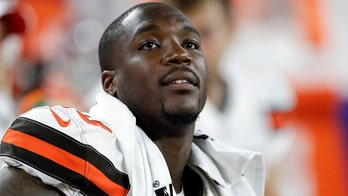 Girlfriend of Cleveland Browns defensive end Chris Smith is killed in car crash