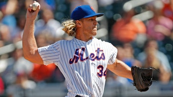 New York Mets' Noah Syndergaard fumes over having to throw to Wilson Ramos: reports