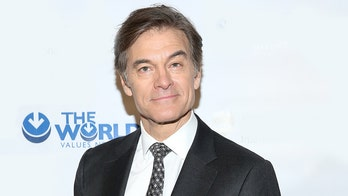 Alex Trebek has Dr. Oz in his corner as 'Jeopardy' host battles pancreatic cancer