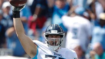 Cancer survivor offensive lineman catches first-career touchdown pass