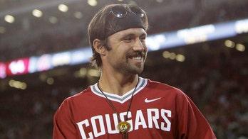 Jacksonville Jaguars' Gardner Minshew snaps photo with eccentric 'Napoleon Dynamite' character