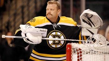Ex-Bruins goalie Tim Thomas breaks years-long silence