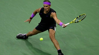 Into US Open SF, Nadal tries to close gap with Federer