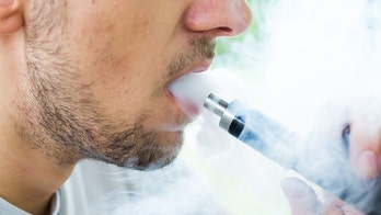 FDA launches criminal probe of vaping-related illnesses, Congress to hold hearing