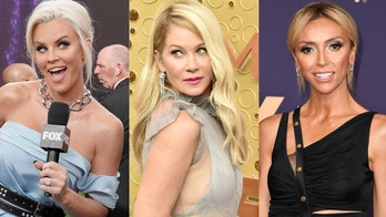 Christina Applegate sasses Jenny McCarthy, Giuliana Rancic in awkward Emmys red carpet interviews
