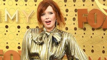 Natasha Lyonne's awkward 2019 Emmys clap goes viral