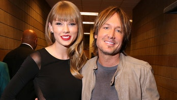 Taylor Swift loves Keith Urban's live 'Lover' cover