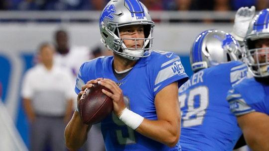 Lions quarterback Matthew Stafford sidelined with broken bones in back, report says