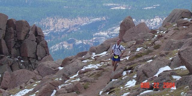 Paul Batura running the Pikes Peak Marathon, 2004